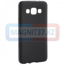 Чехол задник для Samsung J510 гель черный матовый